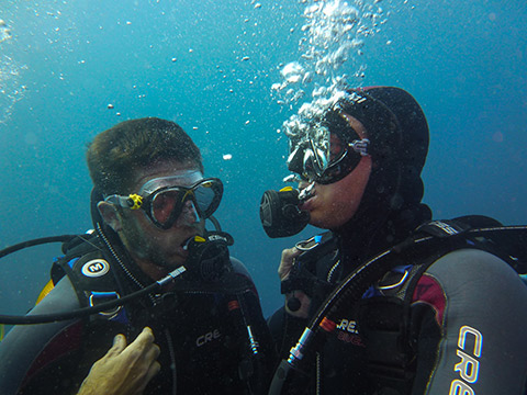 padi rescue diver course at Antibes
